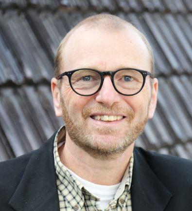 Photo of Dr. Meinhard Doelle